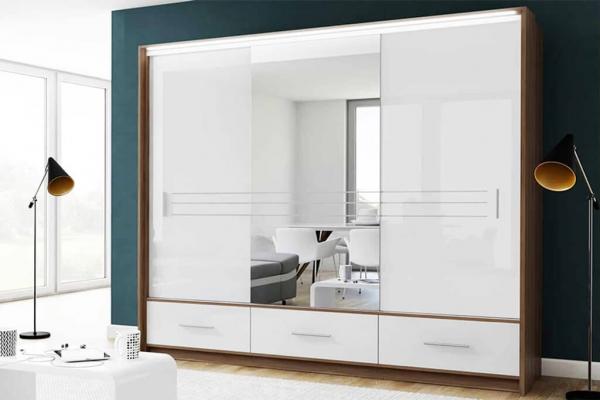 Ein weißer Kleiderschrank mit Schiebetüren – PARIS | Prime Home Deutschland – Möbel für Haus und Büro | www.prime-home.de