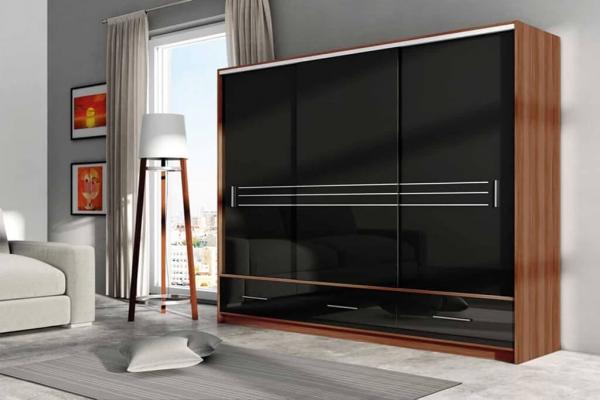 Ein schwarzer Kleiderschrank mit Schiebetüren – PARIS | Prime Home Deutschland – Möbel für Haus und Büro | www.prime-home.de