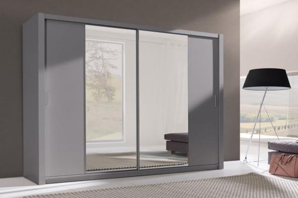 Ein grauer Kleiderschrank – Sewa - Prime Home Deutschland – Möbel für Haus und Büro | www.prime-home.de